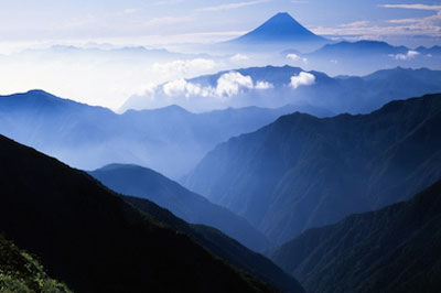mt fuji valley, elizabeth's transforming embodiment, somatic, intuition, chakra, meditation & hawaiian shamanic trainings
